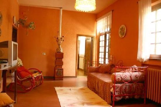 Casolare Il Condottiero: Living room