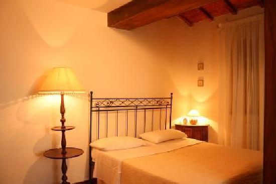 Casolare Il Condottiero: Bedroom