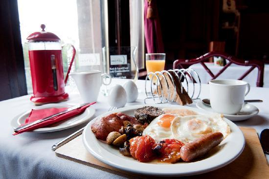 Hillcrest House: breakfast at Hillcrest