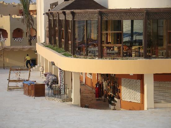 Blue Reef Red Sea Resort: Hotel restaurant