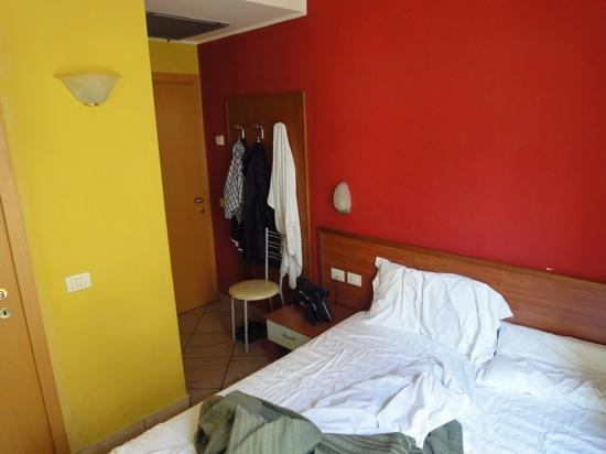 Hotel Brianza: Dimensionen 1