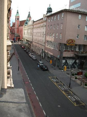 Alibi M14: View from room down towards Main Square