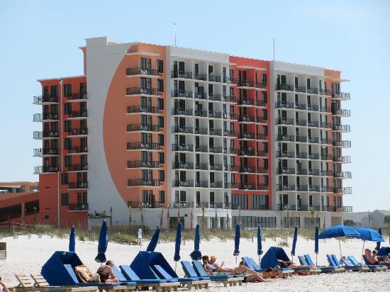 Hampton Inn & Suites Orange Beach: Hotel from the beach