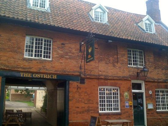 The Ostrich Inn: outside