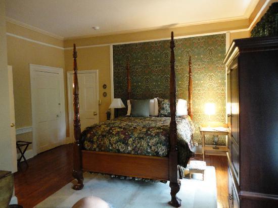 The Lily Inn: Samuel Allinson room