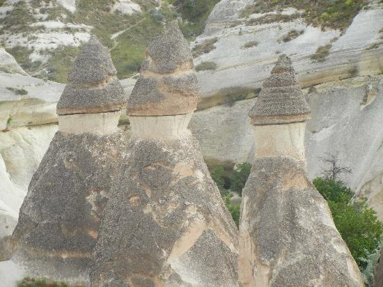 Aydinli Cave Hotel: View of Fairy Chimneys from balloon