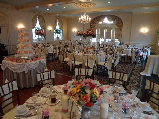 Hotel Northampton Grand Ballroom