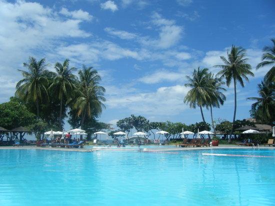 The Regent Cha Am Beach Resort: Hotel Pool