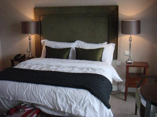 No. 1 Pery Square Hotel & Spa: Seamus Heaney Room