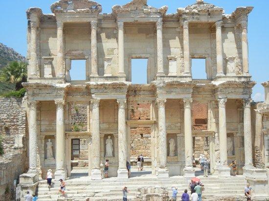 Ephesus Tours: Library - Ephesus