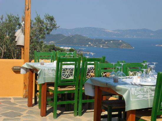 Κατσαρού, Ελλάδα: View from one of the terraces
