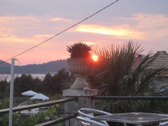 Apartments Mihajlovic : Sunset from the balcony