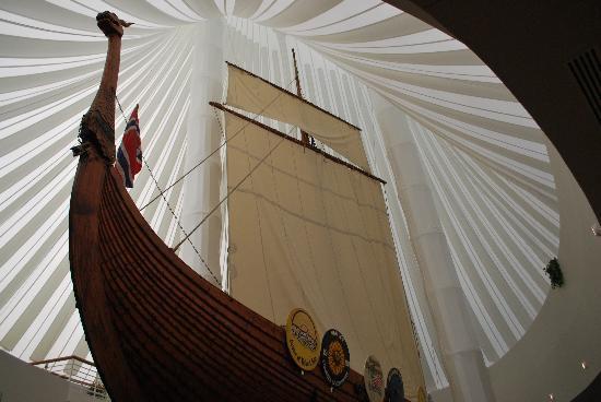 Moorhead Mn Hjemkomst Viking Ship