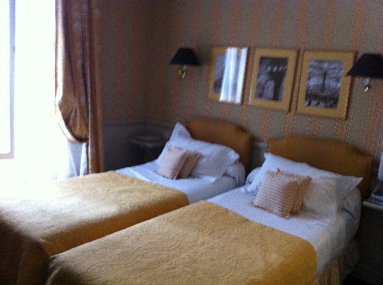 Hotel du Champ de Mars: Twin room