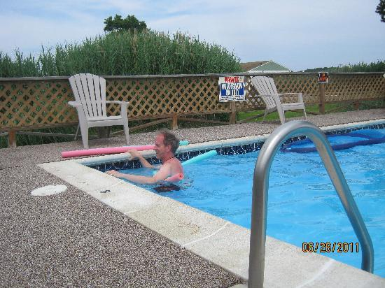 Assateague Inn: Pool