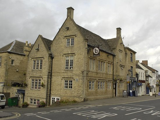 Chipping Norton, UK: Exterior of Bar