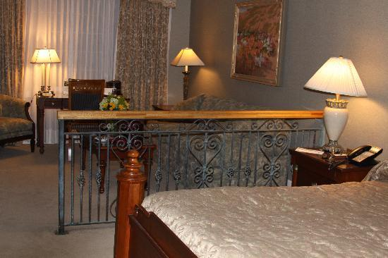 The Copperfield Inn Resort: The Room