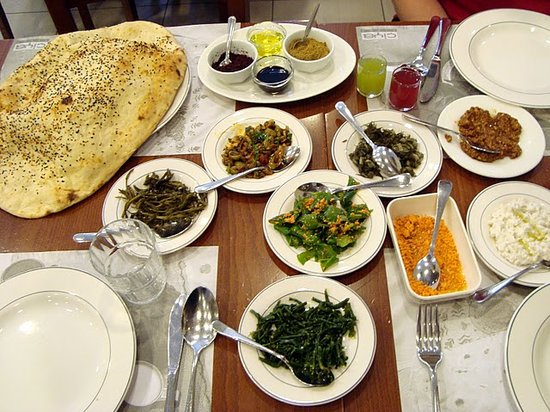 Turkish Flavours : Beginning of lunch - mezzas