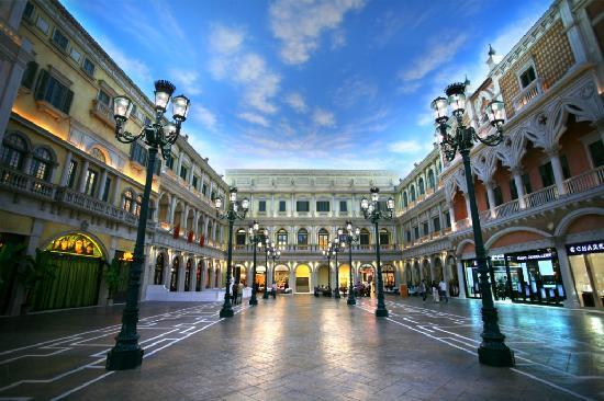 The Venetian Macao Resort Hotel: Grand Canal Shoppes