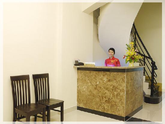Graceful Saigon Hotel: Hotel Reception