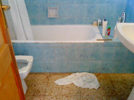 Bon Sol Apartments: bagno