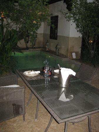 Riad Assakina : Dining under the stars