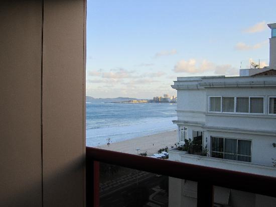 PortoBay Rio Internacional Hotel: si te asomas al balcón y giras la cabeza