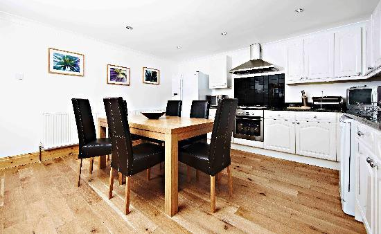 Royal Court Apartments: modern kitchen diners, all fully equipped