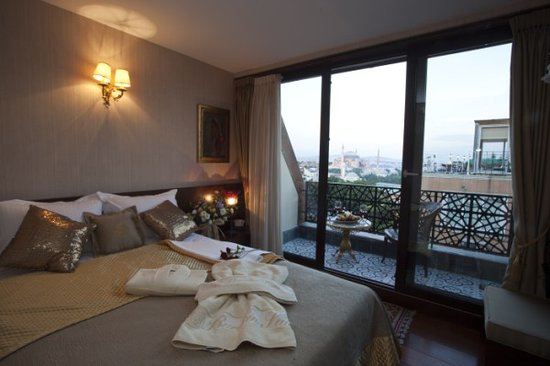 Burckin Suites Hotel: balkon