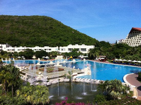 Cactus Resort Sanya by Gloria: room view-1