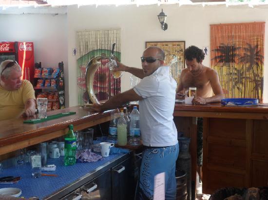 Demeter Bar & Restaurant: The pool bar