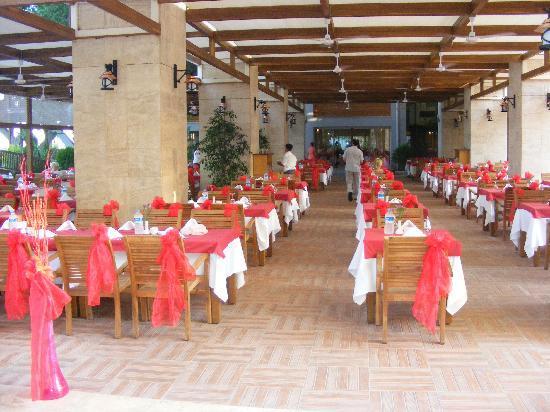 Mirada del Mar: one of restaurants