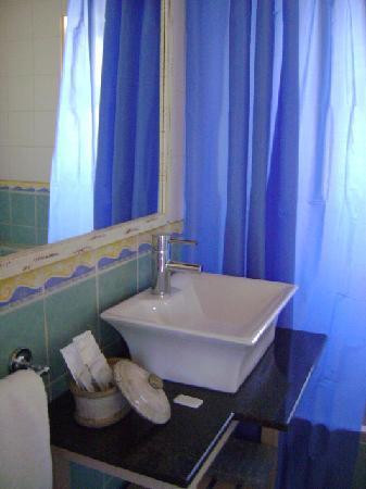 Villas D. Dinis, cuarto de baño, Lagos, Portugal.