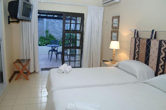 Sylvan Grove Guest House: Room 4 Luxury Room with Private Patio