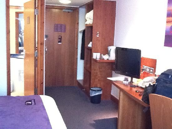 Premier Inn Edinburgh A1 (Newcraighall) Hotel: bedroom