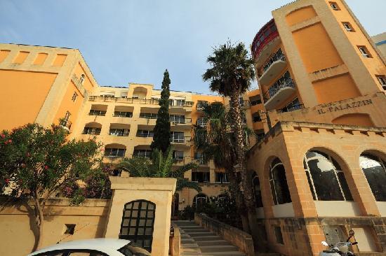 Il Palazzin Hotel: Main entrance