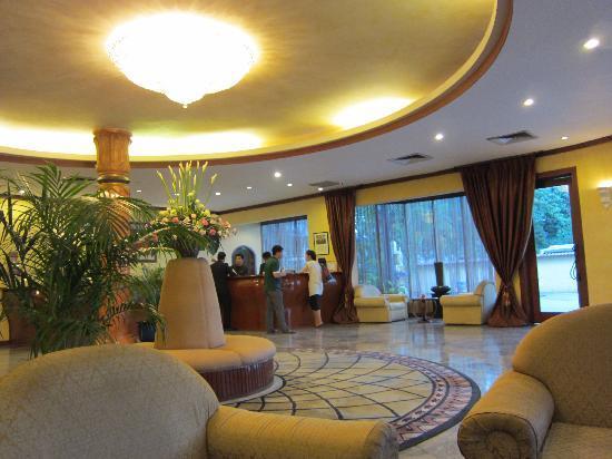 Mercure Vientiane: Lobby 1