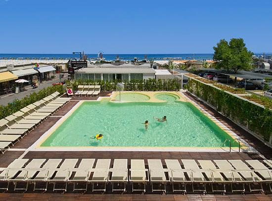 Hotel Trevi: piscina
