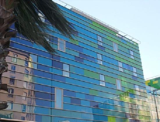 Quality Hôtel Centre del Mon : Façade