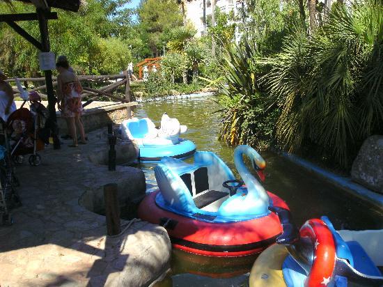 Protur Safari Park Aparthotel: Kiddies rides....