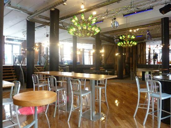 Generator Dublin Bar -...