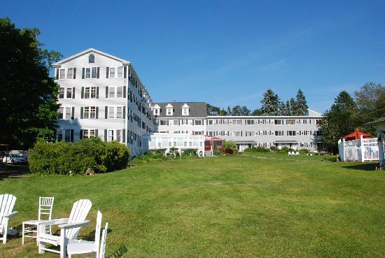 Nonantum Resort: The Grounds
