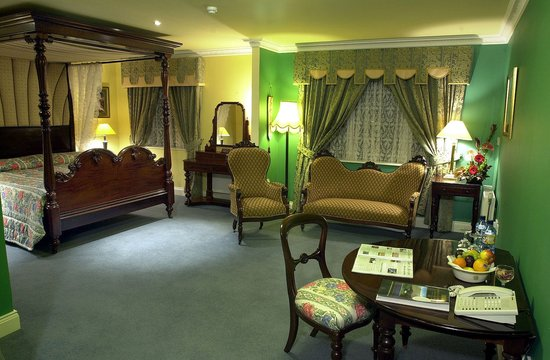 Earls Court House: Fitzgerald suite