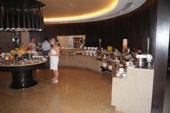 Hotel Jen Male: Restaurant