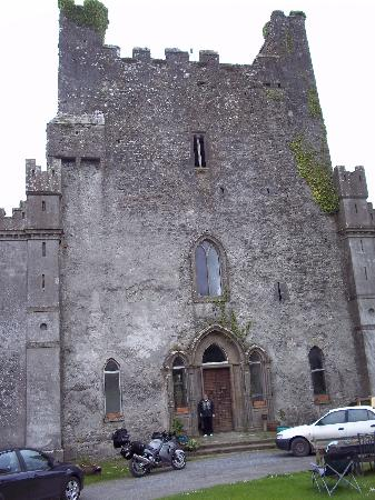 Roscrea, Irland: Front of Leap Castle