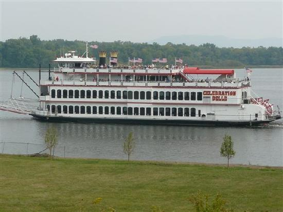 Moline, IL: Take a cruise on the Celebration Belle Riverboat