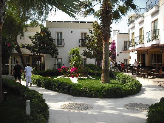 Bitez, Turquia: Eingang zum Hotel