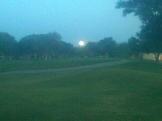 Albuquerque, NM: Moon rising over fairway