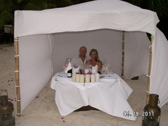 Pacific Resort Aitutaki: Private Wedding Night Dinner