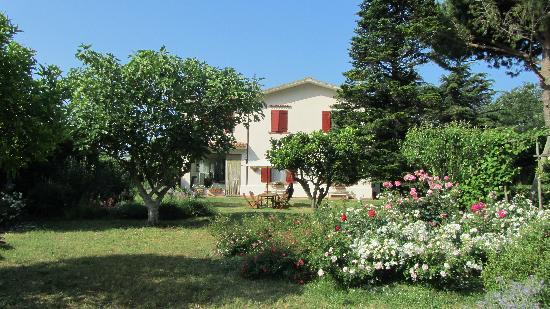 Agriturismo Villa Prato: Hotel and Gardens